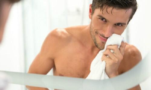 What Is The Best Moisturiser For Men?