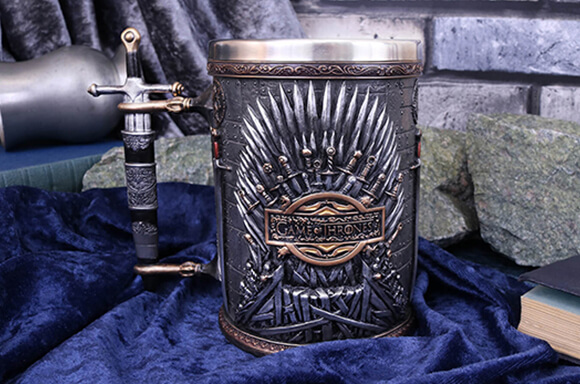 GAME OF THRONES<BR>SILVER IRON THRONE TANKARD</BR>