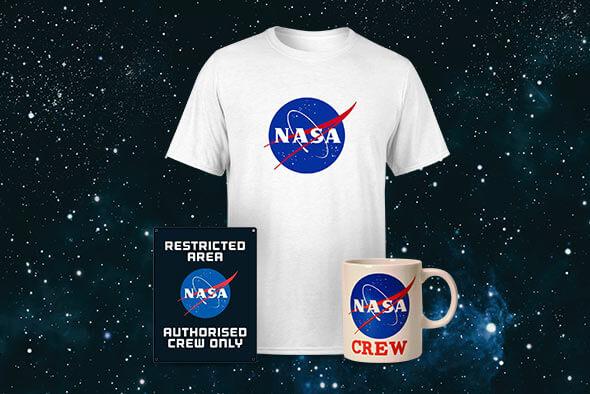 NASA T-SHIRT, COOKIE MUG, AND TIN SIGN - ONLY £19.99